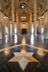 Llotja de la Seda, great hall (Thomas Roland) Tags: old city travel espaa building valencia by architecture buildings de star la spain nikon europa europe gothic silk style tourist stadt marble seda exchange lonja spanien attraction arkitektur valncia stjerne brs llotja valencian d7000 silkebrsen