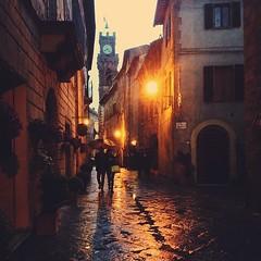 Pienza #rain #vscocam #tuscany #toscana #pienza... (polaroid android) Tags: italy rain jj italia tuscany siena pienza toscana valdorcia vscocam uploaded:by=flickstagram instagram:venuename=pienza instagram:venue=234773475 instagram:photo=712077291528915289264363329