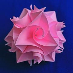 Curler - 3 assics view (Rosy_Ve) Tags: origami curler paperfolding paperwork modularorigami kusudama hermanvangoubergen andreyhechuev