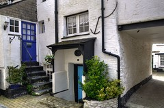 Old fishermans' cottages, Looe, Cornwall (Baz Richardson (trying to catch up!)) Tags: cornwall alleys looe fishermenscottages 17thcenturyarchitecture eastlooe gradeiilistedbuildings