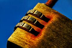 padlock (jjays7155) Tags: padlock sigma105mm macromondays eos7d beginswiththeletterp