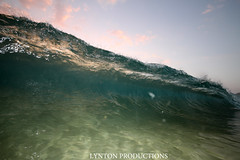 IMG_8936 copy (Aaron Lynton) Tags: sunset beach canon hawaii big maui 7d spl makena shorebreak bigbeach 580exii