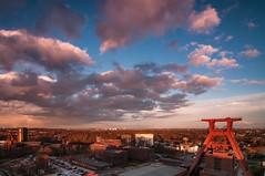 Zeche Zollverein (Essen) (Retro1974) Tags: essen nikon sonnenuntergang wolken unesco tokina 1224mm zollverein zeche weltkulturerbe d300