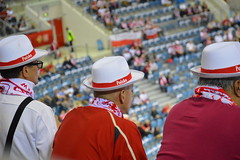 Be smart and support (sim.garfunkel) Tags: red white hat smart sport championship nikon polska krakow arena supporter handball tauron noediting polan ehf d3200