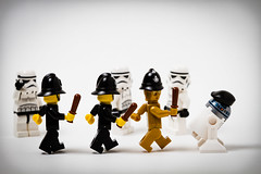 Not the Droids were looking for-3 (Bryan _PSF) Tags: white canon french starwars lego flash stormtrooper british minifig beret coppers bobbies octa minifigure nightstick rapidbox