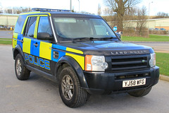 Policing Yorkshire & The Humber Land Rover Discovery 3 Regional Marine Unit (PFB-999) Tags: 3 car disco marine yorkshire police rover land vehicle and leds hull discovery regional humber grilles unit the lightbar humberside policing yj58wfg