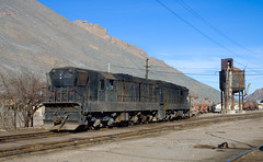 Shunting tank cars (david_gubler) Tags: chile train railway llanta potrerillos ferronor
