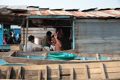 Floating Village (Gusulabu) Tags: life city travel people cambodia angkor tonlesap camboya
