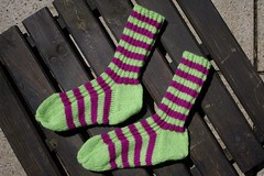 Yellow and pink striped socks (I) (dididumm) Tags: pink wool yellow socks knitting knit socken gelb selfmade striped handcraft stripy selbstgemacht gestreift wolle stricken handarbeit geringelt stricksocken