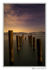 Notturno - Lago Trasimeno (Alessandro Nenci) Tags: night canon lago long exposure italia tripod notturna notte umbria trasimeno notturno lunga esposizione