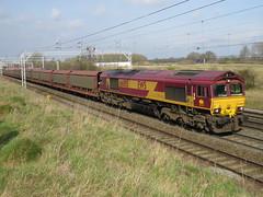 66005 EWS Crewe Casey Lane 11/03/2016 (37686) Tags: car casey 66 class crewe lane 37 70 90 92 nantwich freightliner intermodal ews railfreight 66005 11032016