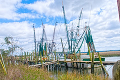 St Helena Shrip boats (Sco C. Hansen (TheHansenGallery.com)) Tags: water dock marsh shrimping shrimpboat shrimpboats lowcountry