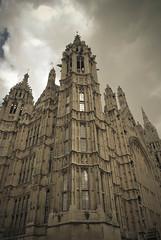 Palacio de Westminster, Londres (Leandro Fridman) Tags: london westminster architecture gris arquitectura nikon edificio londres palacio d60 westminsterspalace