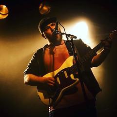 actieheld adam afgelopen donderdag. foto van geert oldenmenger #indianaskin #rockmusic #zingen #gitaar #spelen