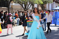 Sucre (mbphillips) Tags: warofthepacific sucre parade mbphillips charcas chuquisaca canonef50mmf18ii canon450d 玻利维亚 南美洲 볼리비아 남아메리카 ボリビア 南アメリカ sudamérica américadelsur 玻利維亞 people gente 人 사람들 사람 personas bolivia southamerica geotagged photojournalism photojournalist