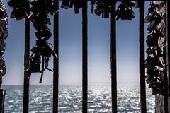 Un Mare d Amare (Fabio75Photo) Tags: sky people mare blu cielo infinito amore aria lucchetti sbarre amare chiusure