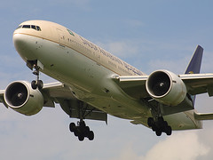 HZ-AKK, London Heathrow, June 7th 2003 (Southsea_Matt) Tags: hzakk saudiarabianairlines skyteam boeing 777268er egll lhr londonheathrow greaterlondon england unitedkingdom june 2003 summer canon d30 airplane aviation airport jet aeroplane