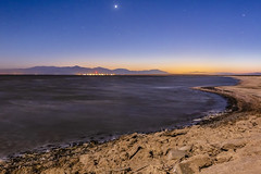 Transition From Day To Night At the Salton Sea (slworking2) Tags: niland california unitedstates us bluehour sunset stars sky night evening beach desert lake shore saltonsea nilandmarina crusty