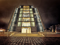 Dockland (gRuGo) Tags: hamburg habor hafen elbe city lights night building