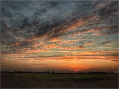 Good Evening (andystones64) Tags: sunlight sunset sunlit clouds cloudscape cloud sky skyline horizon fields countryside weather weatherwatch nature naturephotography sunglow scunthorpe northlincolnshire northlincs lincolnshire