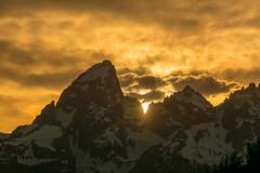 DSC_1448.jpg (bobosh_t) Tags: grandtetonnationalpark grandteton sunset