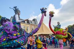 DSC_9352-3 (kytetiger) Tags: fête des fleurs watermaelboitsfort bruxelles brussels acrobates artist autruche struzzi teatro pavana