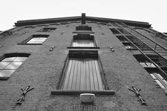 img_0007 (Jan van de Rijt) Tags: canoneos50d 1785mm textielmuseum tilburg monochrome darktable gimp museum architecture canonefs1785mmf456isusm