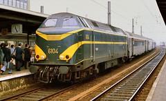 1979   2798  B (Maarten van der Velden) Tags: belgië belgium belgien belgique belgica brusselzuid bruxellesmidi nmbs sncb nmbs6104 sncb6104 nmbsreeks61 sncbsérie61