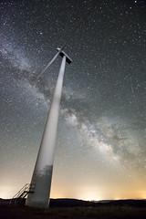 DSC_3613 (Jesus DTT) Tags: aerogenerador parqueeólico malagón laspovedillas víaláctea milkyway estrellas stars nocturna noche cielo sky astrofotografía vestas windturbine energíaeólica