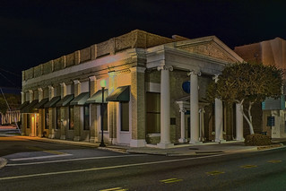 Columbia Bank, 338 N Marion Avenue, Lake City, Florida, USA / Built: 1930 / Floors: 1