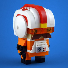 BrickHeadz: Rebel Pilot (Swan Dutchman) Tags: lego brickheadz starwars disney rebel rebels pilot alliance