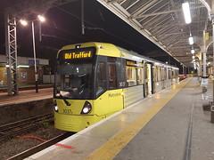 Manchester Metrolink 3037 - Altrincham Interchange (burbman20) Tags: manchester metrolink 3937 lrv altrincham interchange platform 1