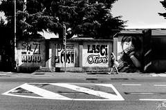 (Gi_shi) Tags: nikon nikonitalia iamnikon d7200 bustoarsizio varese lombardia italia italy people persone street bn bnw bw biancoenero