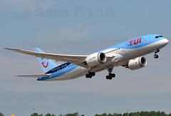 G-TUIF - TUI Airways B787 Dreamliner (✈ Adam_Ryan ✈) Tags: dub eidw 2018 gtuif tuiairways tui thomsonairways dreamliner b787 b787dreamliner b787dublinairport dublinairport dublinairport2018 cancun charter summer