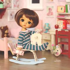 Good morning! (Passion for Blythe) Tags: morning rockinghorse latiyellow haru tan tiny cute bedroom roombox bjd