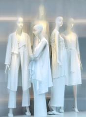 Summer Fashion (Seeing Visions) Tags: 2018 canada ca québec store windowdisplay mannequin white clothing fashion people women woman female blur raymondfujioka