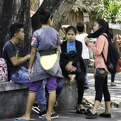 Discussion (Beegee49) Tags: street teens filipina discussion bacolod city philippines