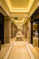 Endless - Hongkong 153/188 (*Capture the Moment*) Tags: 2017 architecture architektur fotowalk hongkong häuserwohnungen innenarchitektur interiordesign luxury luxus peninsulahotel sonya7m2 sonya7mii sonya7mark2 sonya7ii sonyfe1635mmf4zaoss sonyilce7m2 staircase stairs treppen treppenhaus