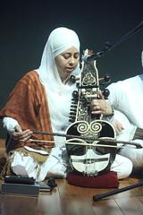 Faiths in Tune (2018) 23 - Raj Academy (KM's Live Music shots) Tags: worldmusic india sikhmusic rajacademy saranda faithsintune britishmuseum