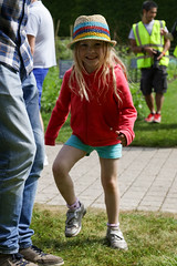 Edinburgh Botanic Gardens BioBlitz 2018 -247 (Philip Gillespie) Tags: edinburgh royal botanic gardens 2018 big bioblitz bio blitz kids children men women man woman people fun faces smiles water wet insects bugs moths spiders legs arms eyes hats grass trees bushes plants short pool sun sky pond lilly wings park nature colour green blue red yellow orange purple science teach record check house cottage photo photography canon 5dsr rbgenature thebotanics dipping worms birds bigbotanicsbioblitz