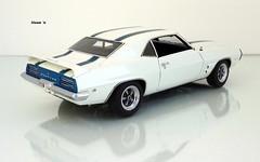 1969 Pontiac Trans Am Hardtop (JCarnutz) Tags: 124scale diecast danburymint 1969 pontiac transam