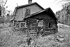 ABANDONED VINTAGE HOME, MICIPICOTEN RIVER VILLAGE, ONTARIO, CANADA, ACA PHOTO (alexanderrmarkovic) Tags: abandonedvintagehome micipicotenrivervillage ontario canada acaphoto