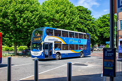 Coastliner coasting to a stop (mangopearuk) Tags: uk unitedkingdom england hampshire bus buses publictransport transit stagecoach stagecoachsouth stagecoachinthesouthdowns stagecoachhampshire portsmouth southsea havant adl alexanderdennis