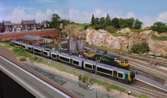 London Midland set (Phil_Parker) Tags: modelrailway train