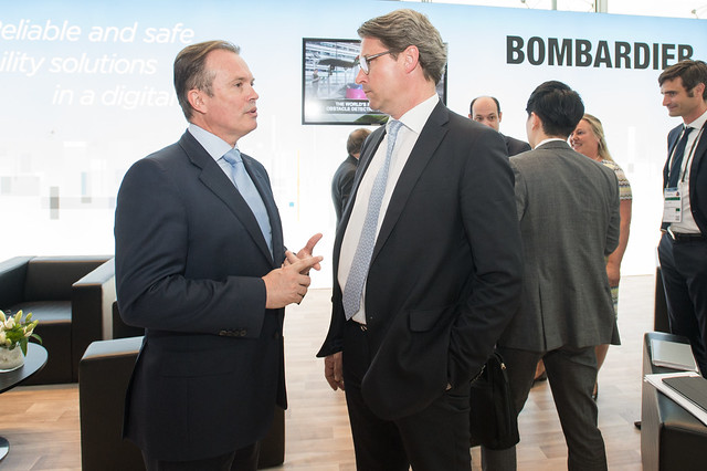 Laurent Troger in discussion with Andreas Scheuer at the Bombardier stand