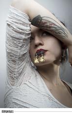 Papier Orenji Atelier - III (igeorgakoudis) Tags: portrait portraiture studio studioportraiture studioportrait female femaleportrait femaleportraiture femme wwwgeorgakoudisnet georgakoudis bijou bijoux jewel jewels