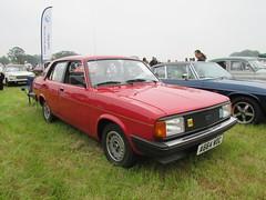 Morris Ital 1.3 SL A664WOC (Andrew 2.8i) Tags: berkeleycastle berkeley glos gloucestershire classic classics car cars show british saloon bl britishleyland sl 13 1300 ital morris