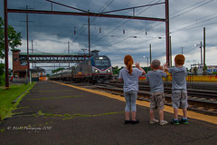 A Friendly Hello From Levittown, PA (Darryl Rule's Photography) Tags: 2018 acs64 amtk acela amtrak bridge catenary citiessprinter clouds cloudy delawareriver emd eastbound electric freight freightcar freighttrain freighttrains gp382 june levittown mixedfreight necorridor neregional nj njtransit njt ns newjersey norfolksouthern northeastcorridor northeastregional pa pc prr passenger passengertrain penncentral pennsy pennsylvania railroad railroads river riverwalk septa salutesourveterans salutingourveterans siemens spring sun sunny train trains trenton tullytown veteransunit vets westbound