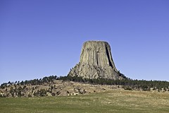 Devils Tower (pooroldtim) Tags: devilstower wyoming fall color landscape nikon d850 trees butte bearlodgebutte blackhills igneous