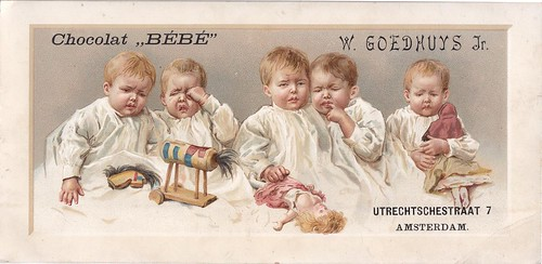 chromo chocolat BEBE - W GOEDHUYS AMSTERDAM - Five unhappy infants with damaged toys such as dolls and wooden horse